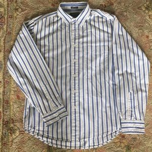 American Eagle Outfitters Button Down Shirt.